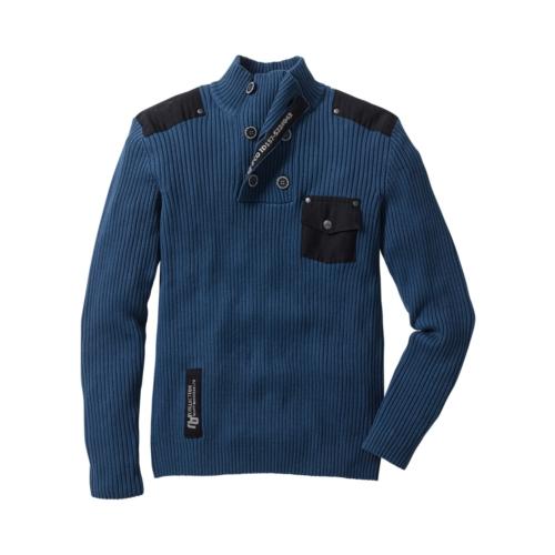 Фотограф для фотосъемки свитеров