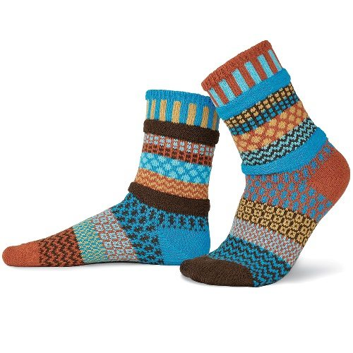 Фотограф для фотосъемки носков